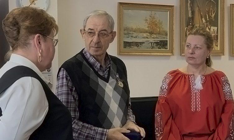 Президента фармкомпанії «Екофарм» нагородили орденом за благодійні поставки «Протефлазіду»